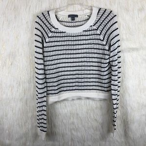 Kendall & kylie cropped sweater